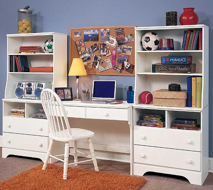 desks for dorm room